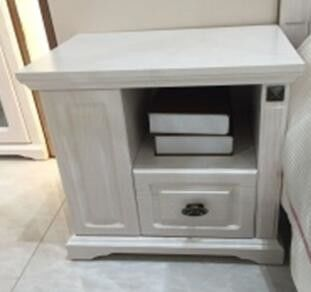 Bedroom White Wooden Bedside Table / Left Side Small Bedside Drawers